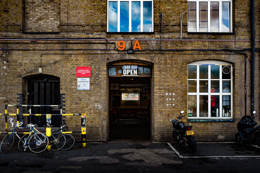 image-howling-hops-exterior-london